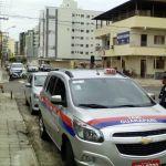 Taxista que rodar com taxímetro desligado ou sem uniforme será multado em R$ 1 mil
