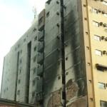 Moradores de prédio entram na Justiça contra dono de feira que pegou fogo em Guarapari