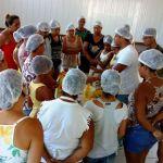 Prefeitura de Anchieta oferece curso de produção de biscoitos para moradores