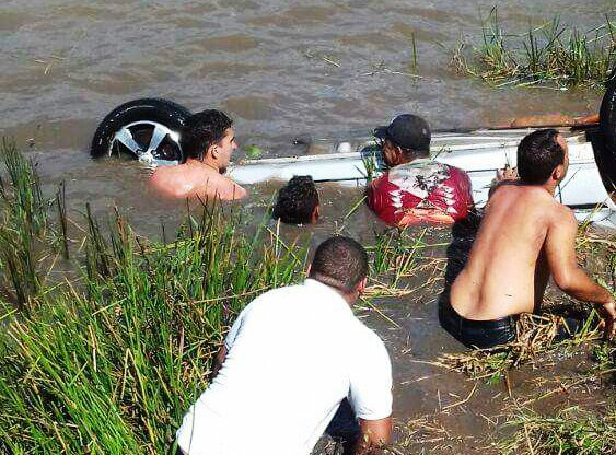 Veículo cai em açude e quatro morrem afogados, entre Pedro Régis e Jacaraú-PB