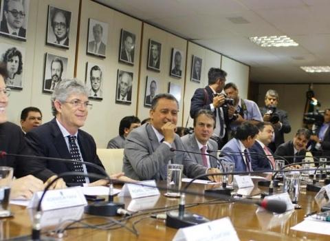 Governadores ameaçam decretar Calamidade e querem R$ 7 Bi de imediato