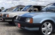 Amantes de carros antigos da PB se reúnem em feriado da independência