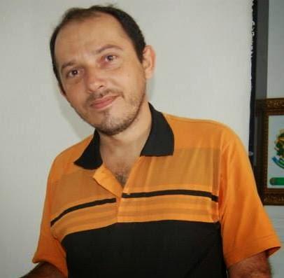 """Radialista Genival Júnior diz que """"desprezo político"""" o levou a mudar de lado para prefeito"""