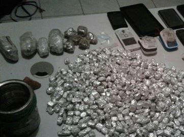 Menores são detidos com mais de 100 papelotes de maconha e crack em Pombal