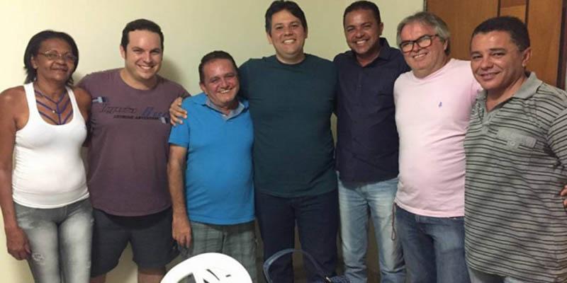 Reunião de vereadores do PTN com Dinaldo fecha apoio à candidatura de Sales e Capitão Hugo retira candidatura à presidência da Câmara