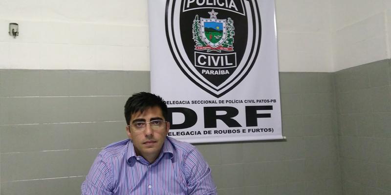 Servidor acusado de falsificar contratos de locação de veículos, em Patos, já havia arrecadado em torno de 18 mil reais; Ouça