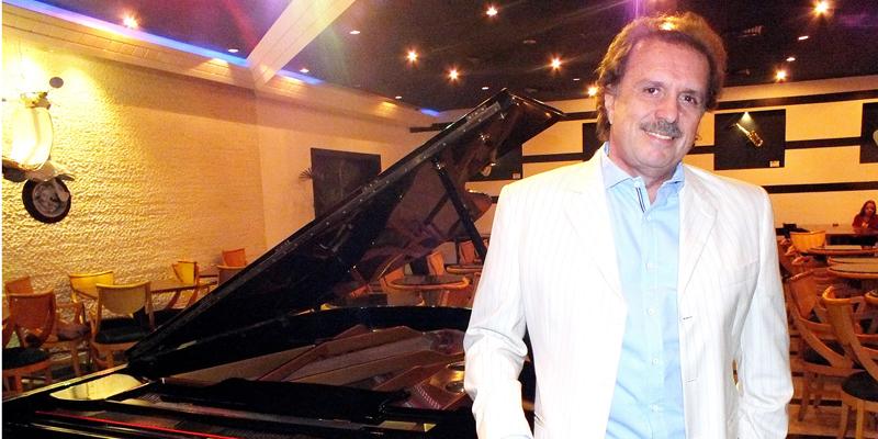 Eduardo Lages, pianista e maestro de Roberto Carlos, se apresenta em João Pessoa, no dia 07