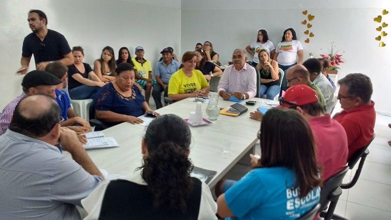 Sinfemp denuncia que prefeito de Santa Luzia deixou servidor com apenas R$ 13,27 em seu contracheque