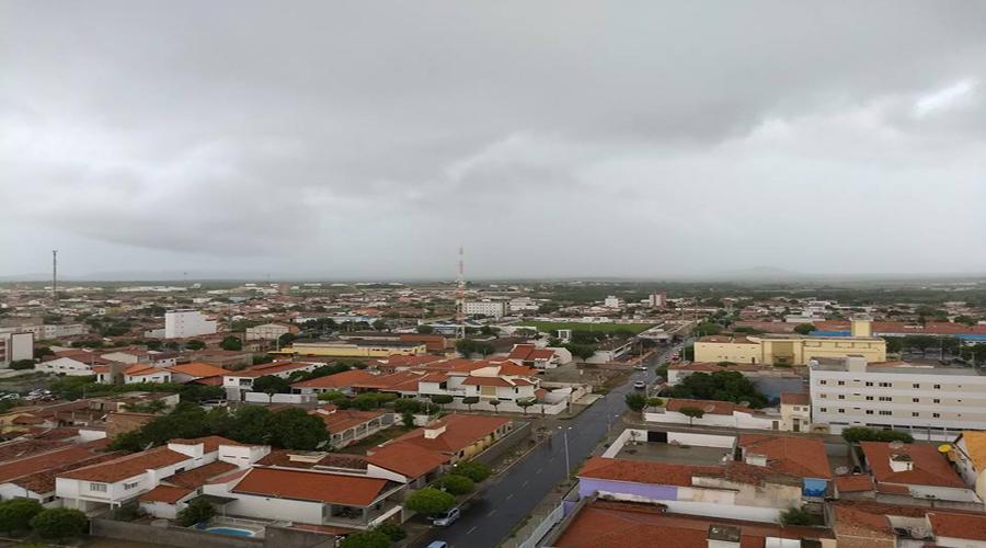 Chuva de 80 mm em alguns bairros de Patos