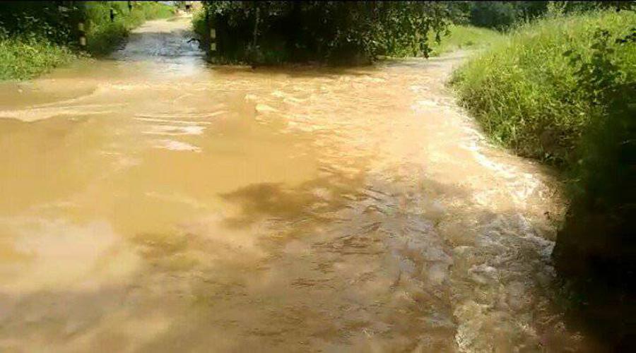 Riacho dos Mares levando água para o Açude do Jatobá