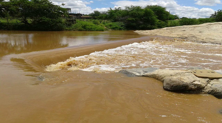 Homem morre afogado no Rio da Cruz em Patos