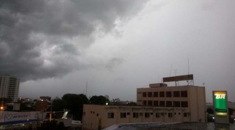 Volta a chover também em Cajazeiras