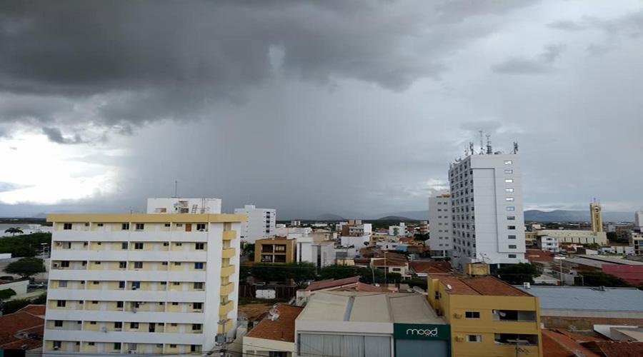 Previsão de pancadas de chuva hoje em Patos