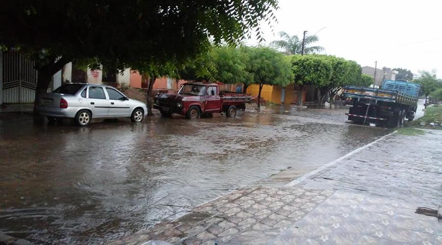 Chuvas fortes, acima dos 100 mm, atingem o Vale do Piancó