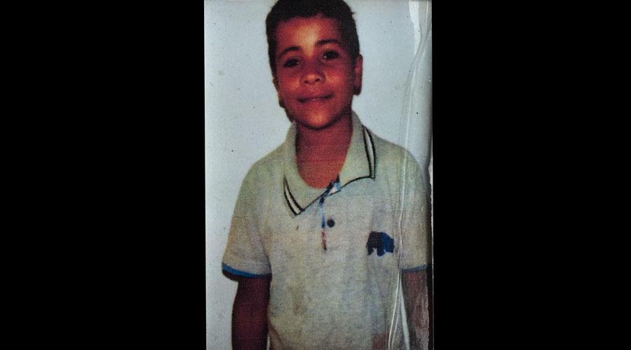 Família está à procura de garoto que está desaparecido desde ontem, em Teixeira