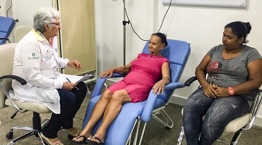 Paciente de Teixeira é a primeira a utilizar os  serviços de quimioterapia do Hospital do Bem