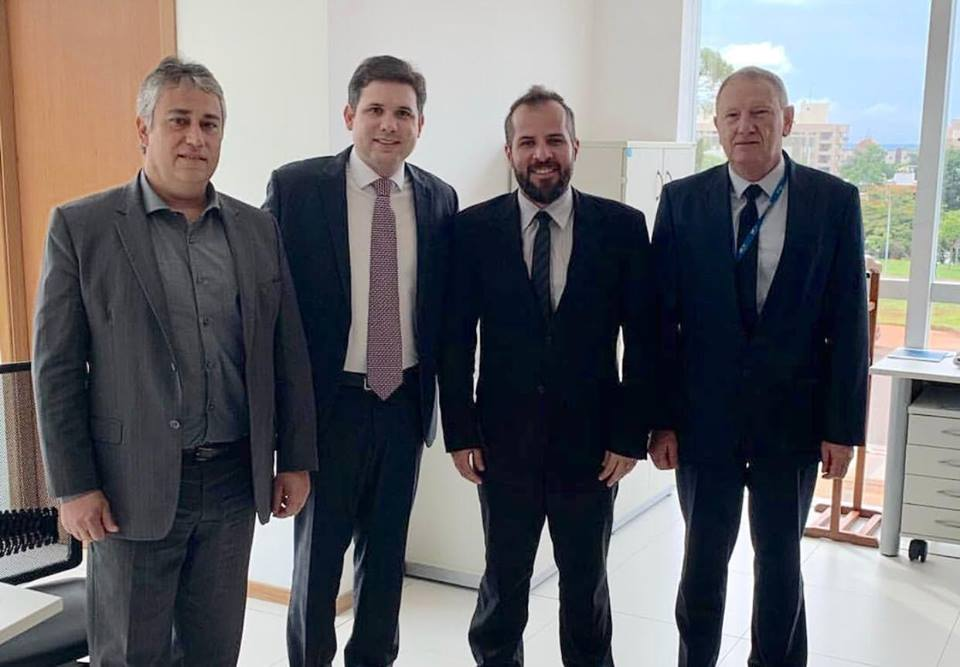 Hugo Motta inclui Aeroporto de Patos entre prioridades da Secretaria de Aviação Civil