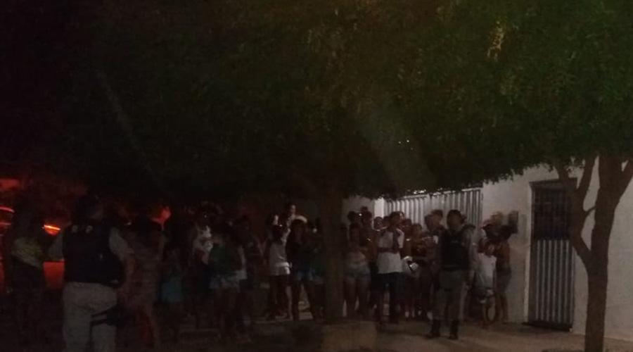 Homem é assassinado a tiros na noite de ontem no Bairro da Maternidade, em Patos