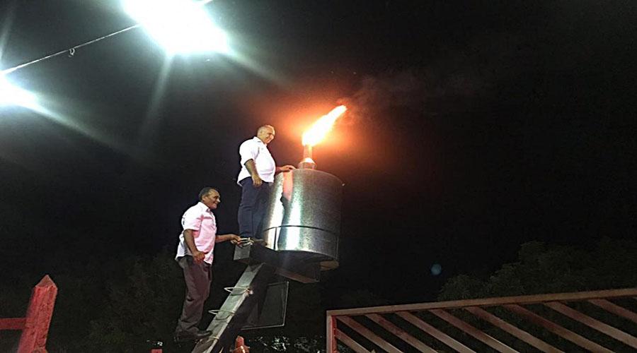 Maior candeeiro do mundo é aceso em grande evento na cidade de Itaporanga
