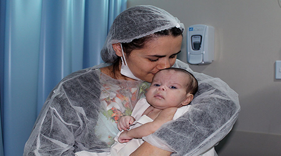 Bebê cardiopata é o primeiro paciente de 2019 a receber alta no Hospital Metropolitano