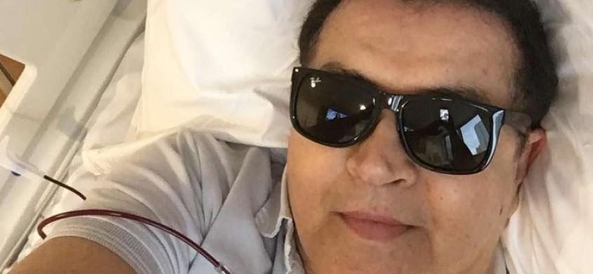 Cantor Beto Barbosa deixa UTI de hospital onde se recupera de cirurgia