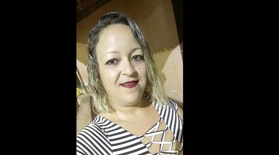 Mulher morre vítima de descarga elétrica em carregador de celular, em Pirpirituba-PB