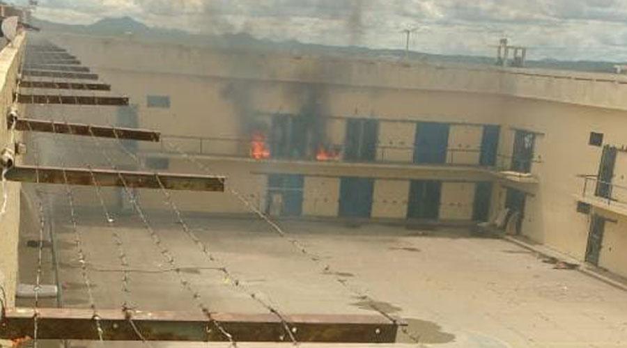 Princípio de rebelião no Presídio Romero Nóbrega, em Patos