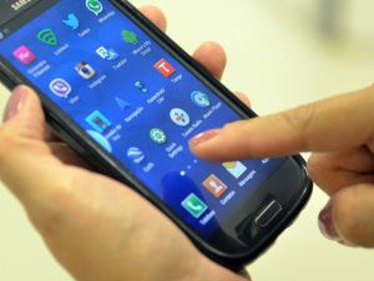 Anatel inicia bloqueio de celulares irregulares na Paraíba e em mais 14 estados