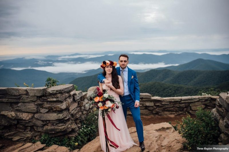 Jessie & Hudson's Mountain Top Asheville Elopement at Craggy Gardens on the Blue Ridge Parkway. Photos by Three Region Photography | Elopement Planning and Floral Design by Folie à Deux Events www.folieadeuxevents.com