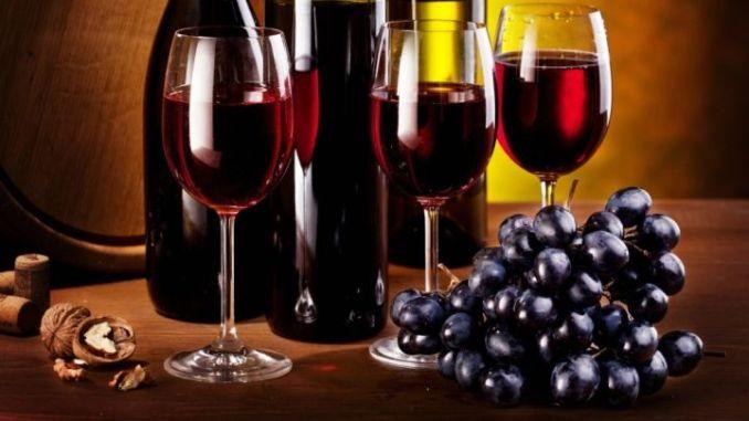 Ora sono i vini ad entrare nelle case degli appassionati di tutta Italia
