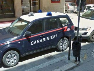 Pronti a spacciare in discoteca a Foligno, arrestati dai Carabinieri