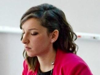 Il sindaco di Foligno, Nando Mismetti, ha firmato il decreto di nomina del nuovo assessore comunale, Cristina Grassilli. Con un successivo provvedimento verranno assegnate le deleghe al nuovo assessore, congiuntamente alla ridefinizione delle deleghe ai componenti della giunta comunale.