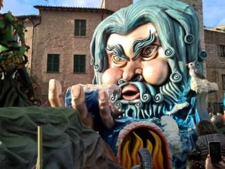 Carnevale di Sant'Eraclio, domani primo appuntamento con i carri allegorici