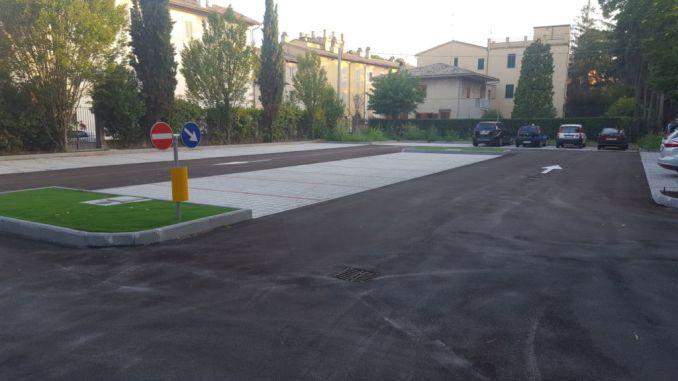 Foligno, area vecchia caserma vigili urbani diventa parcheggio