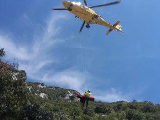 Soccorso alpino e 118 recuperano escursionista ferito a Pale di Foligno