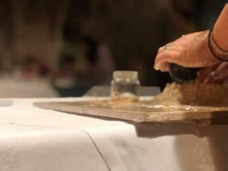 Hosterie del Gusto ad Arte in Tavola a Bevagna zafferano tartufo torta al testo dal 3 al 5 maggio