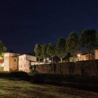 Illuminazione artistica e pulizia della facciata per la Torre dei Cinque Cantoni sul Topino