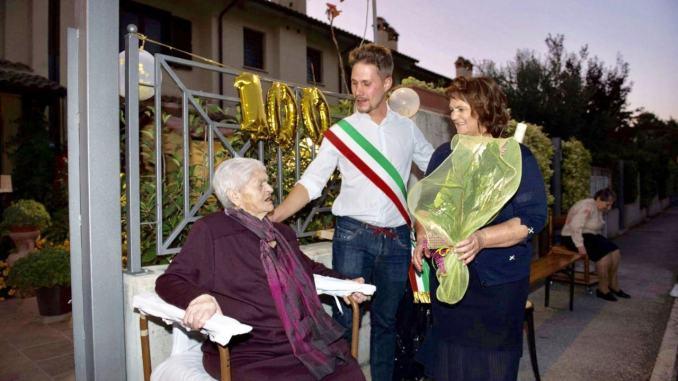 Trevi festeggia i 100 anni di Severina Mela, grande festa a Matigge