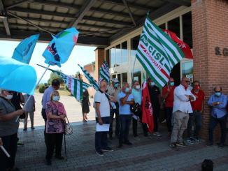 Difendiamo Ospedale San Giovanni Battista, presidio Cgil Cisl Uil a Foligno