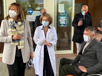 In visita negli ospedali di Foligno, Trevi e Spoleto, Tesei e Coletto