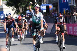 Giro d'Italia a Foligno, trionfo di Peter Sagan, entusiasmo in città