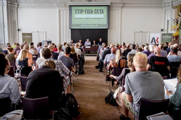 Fagforeninger Lover TTIP-indsats På Christianborg-konference