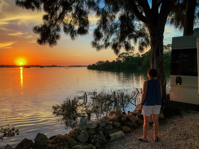 sunset cedar key
