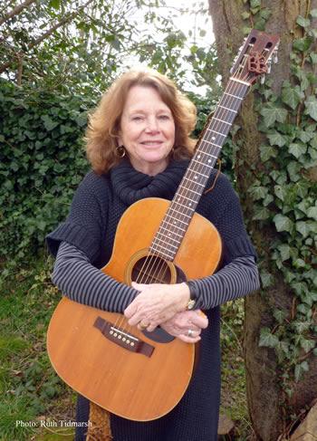 Bonnie Dobson - photo Ruth Tidmarsh