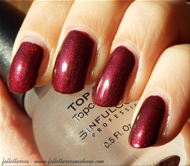essence n.5 roaring red all that greys swatch