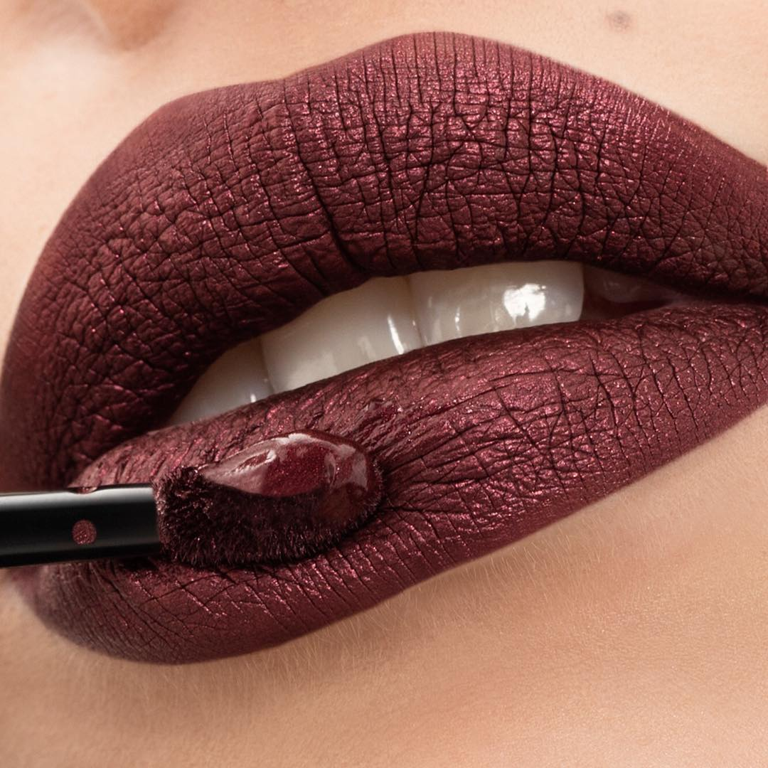 2Cream-Lip-Stain-Liquid-Lipstick-Metal-58-Voluptous-Burgundy-swatch