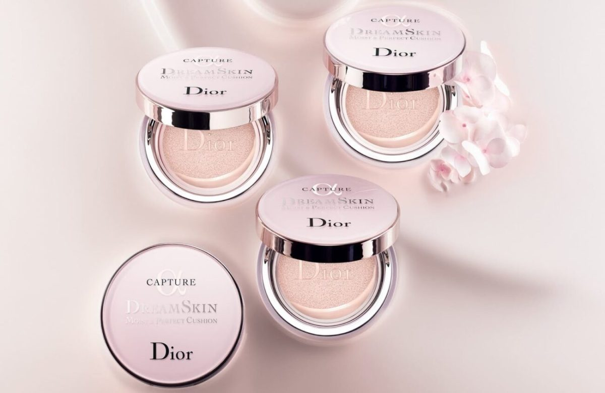 Dior-Capture-Dreamskin-Moist-Perfect-Cushion