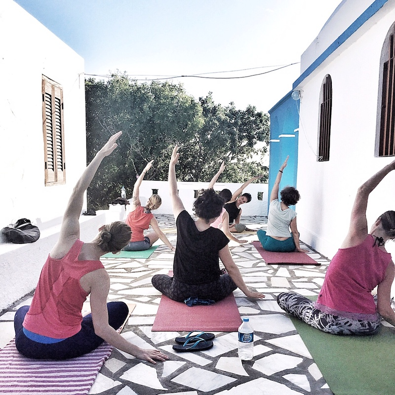 Yoga Kirche Nisyros Greece