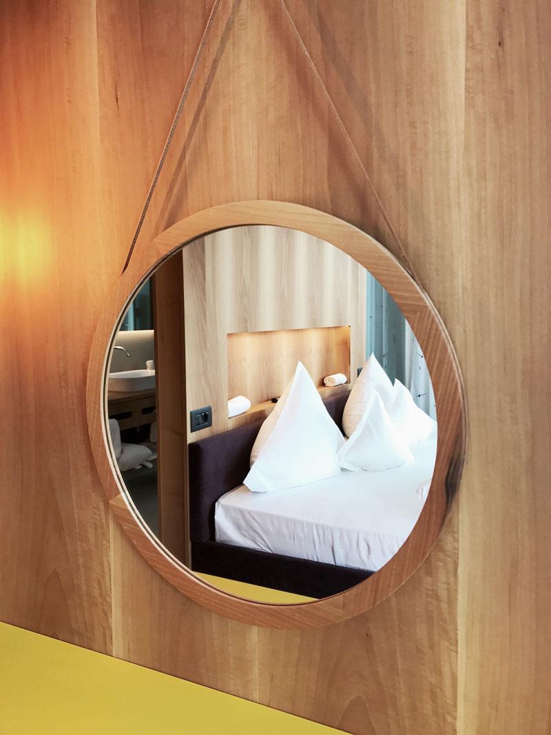 Bett-Suite-Hotel-Hohenwart