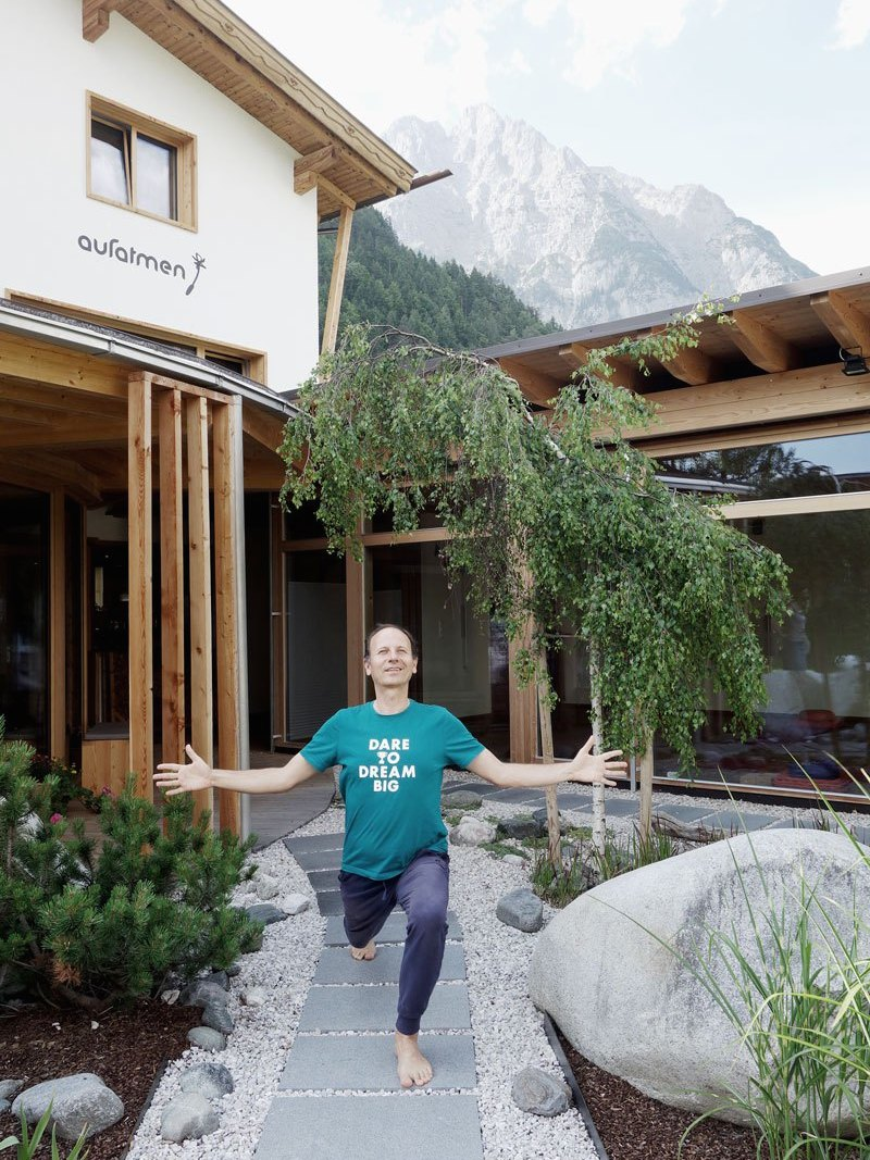 Remo-Rittiner-Yoga-aufatmen-Leutasch-Tirol